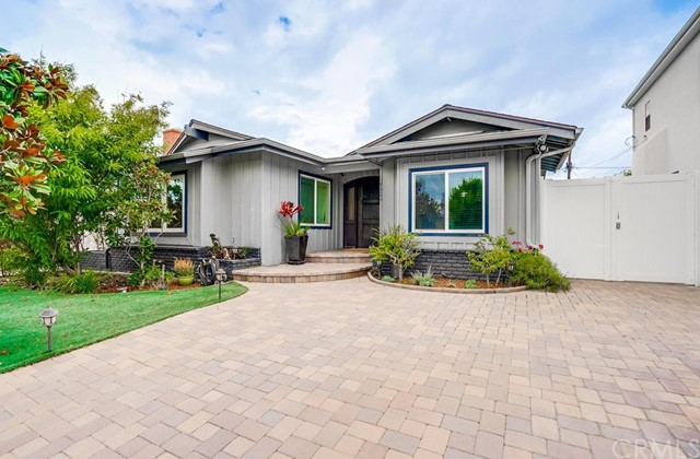 7328 Kentwood Ave, Westchester, CA 90045