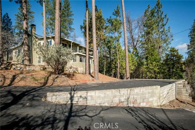 40370 Road 222, Bass Lake CA: http://media.crmls.org/medias/5acc6e27-1795-4321-acc9-c0c275e62272.jpg