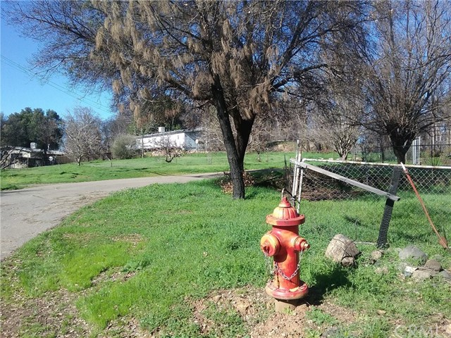 Terreno por un Venta en 8870 Lake Street Lower Lake, California 95457 Estados Unidos