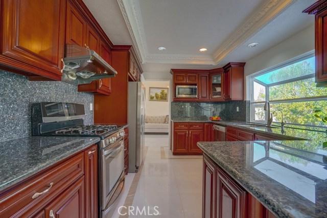 房产卖价 : $126.00万/¥867.00万