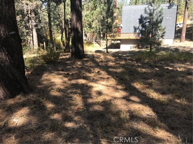 613 Rose Hill Drive, Big Bear CA: http://media.crmls.org/medias/5adaf331-7bff-4cc7-903a-073f7c804560.jpg