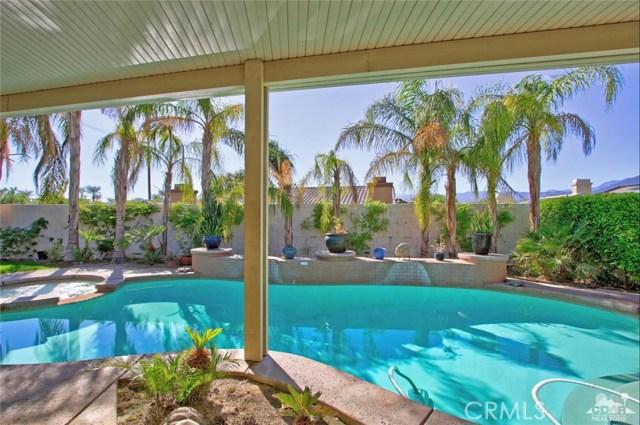 7 Dickens Court, Rancho Mirage CA: http://media.crmls.org/medias/5adbb7c5-bd3a-4899-b702-5b57925248d9.jpg
