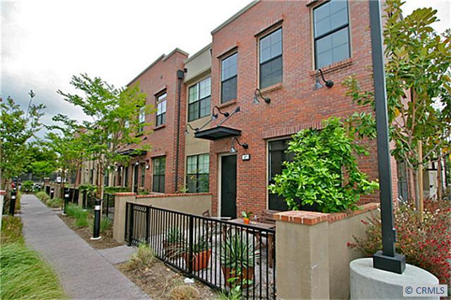 Condominium for Rent at 527 West Maple St Orange, California 92868 United States