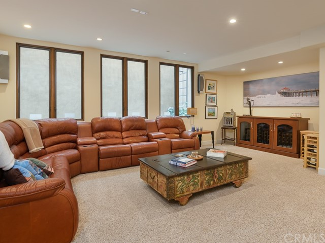 2104 Circle Dr, Hermosa Beach, CA 90254 photo 32