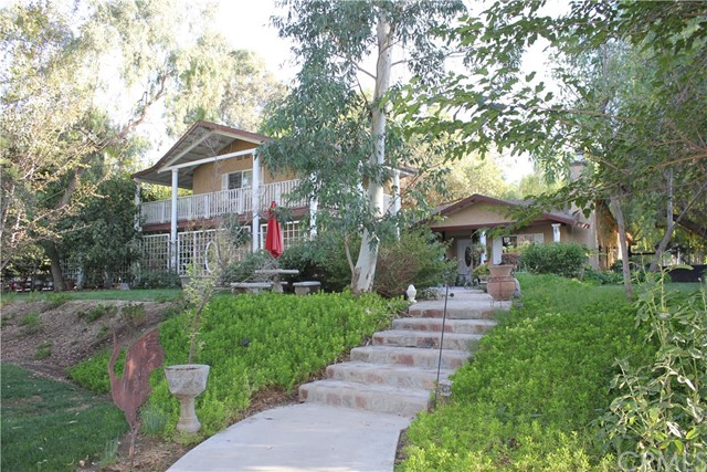Search Redlands Equestrian real estate, MLS real estate listings