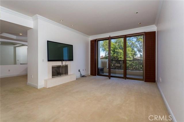 11847 Gorham Avenue, Los Angeles CA: http://media.crmls.org/medias/5af65973-aae5-422e-9c6f-d25044a79f12.jpg
