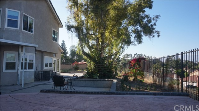 13745 Moonshadow Place, Chino Hills CA: http://media.crmls.org/medias/5afdc143-8c62-4c1e-b13d-f5c576525f9a.jpg