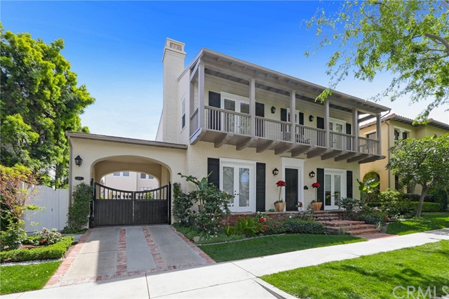 26 Peppertree  Newport Beach, CA 92660