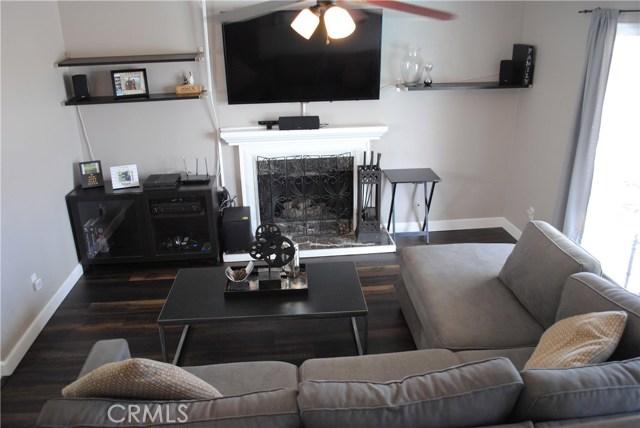 872 Amherst Street, Corona CA: http://media.crmls.org/medias/5b0ce442-d5bd-4026-9f1b-96b05d54c4a4.jpg