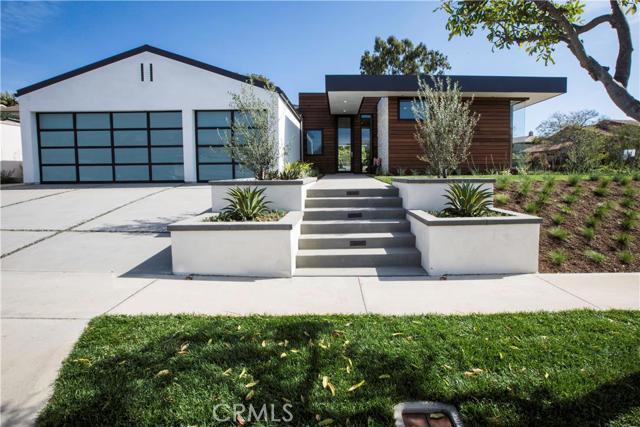Single Family Home for Sale at 3601 Catamaran St Corona Del Mar, California 92625 United States