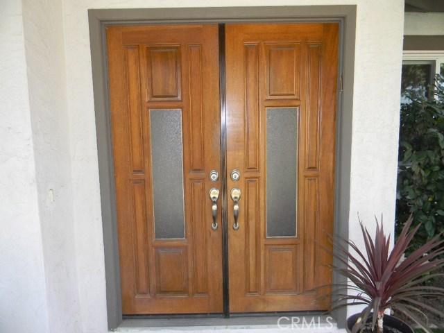 185 Madison Street, Oceanside CA: http://media.crmls.org/medias/5b29b409-c575-4d11-941d-47c3fe0d6ef6.jpg