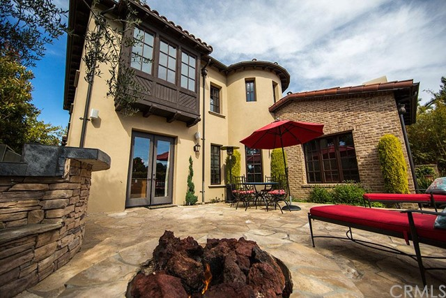 Single Family Home for Sale at 4 Pacific Winds St Newport Coast, California 92657 United States