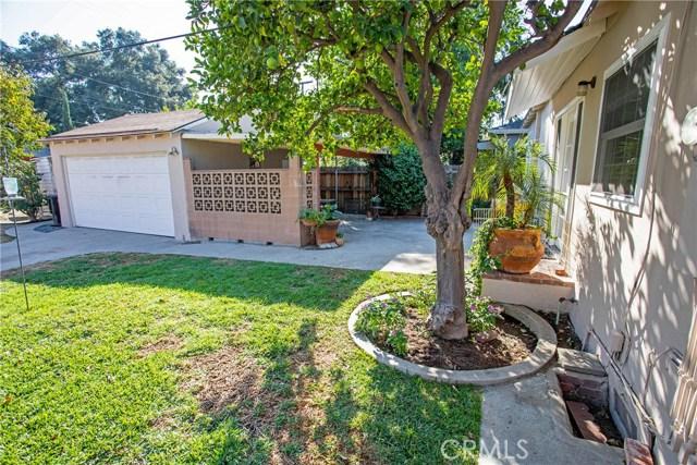 1500 W Clark Avenue, Burbank CA: http://media.crmls.org/medias/5b398be7-96cf-495c-8a1e-d6e226eb659c.jpg