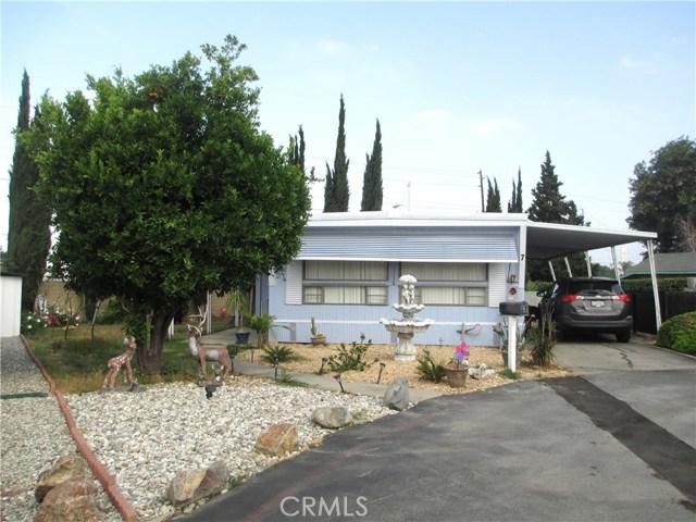 1630 barranca Avenue, Glendora CA: http://media.crmls.org/medias/5b3bdb07-b514-4133-a15a-9fa55d6723a4.jpg