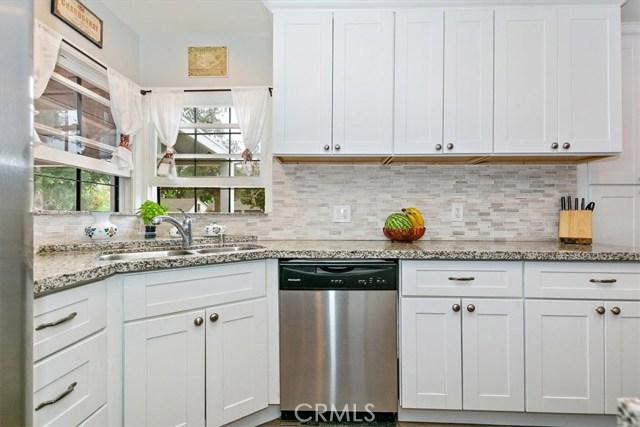 6603 Broadway Avenue, Whittier CA: http://media.crmls.org/medias/5b425f8f-6343-4f63-af1b-a0b6efd668bf.jpg