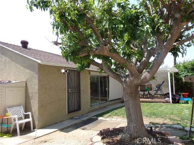 8528 Bluffdale Drive, Sun Valley CA: http://media.crmls.org/medias/5b4ed96d-ea31-493b-bcff-fc08d496e101.jpg