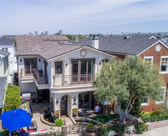 2038 Miramar Drive Newport Beach, CA 92661 is listed for sale as MLS Listing PW18100926