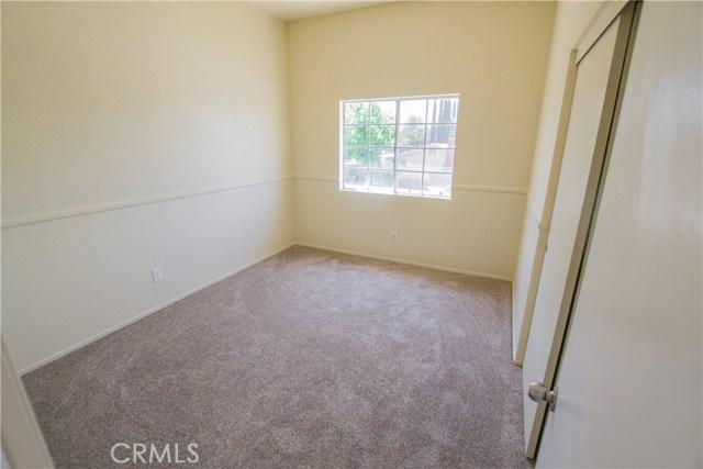 11511 Bryn Mawr Avenue, Loma Linda CA: http://media.crmls.org/medias/5b59f205-bde5-4510-adc3-179710e50d87.jpg
