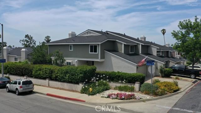 3788 Live Oak Drive, Pomona CA: http://media.crmls.org/medias/5b5aac94-6c78-4858-bec8-76eaa7ae9e5b.jpg