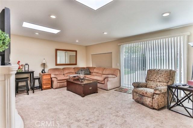 3250 W Deerwood Dr, Anaheim, CA 92804 Photo 15