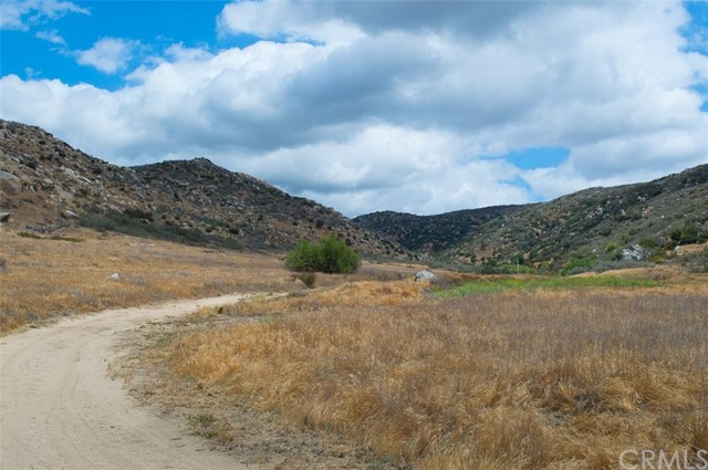 0 Pixley Canyon Road, Hemet CA: http://media.crmls.org/medias/5b6e0e9c-219e-4c3f-85c1-78592cf48400.jpg