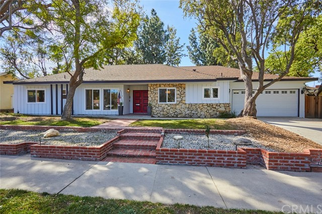 Photo of 23110 Mulholland Drive, Woodland Hills, CA 91364