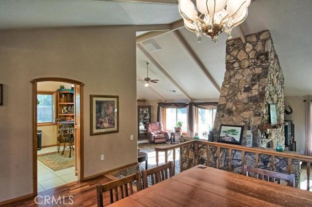 21945 Sunburst Lane, Red Bluff CA: http://media.crmls.org/medias/5b81ac04-78ce-4fe5-bdda-07b2505ccaa8.jpg