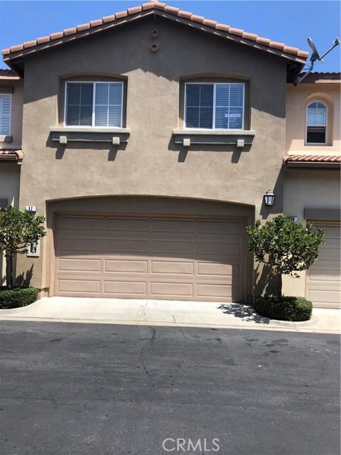 17 Willowdale 135  Irvine CA 92602