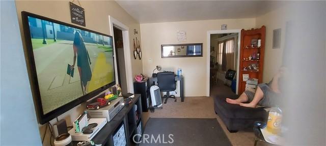 119 S Thompson Street, Hemet CA: http://media.crmls.org/medias/5b971027-a604-4c79-8bd8-372ed056a17d.jpg