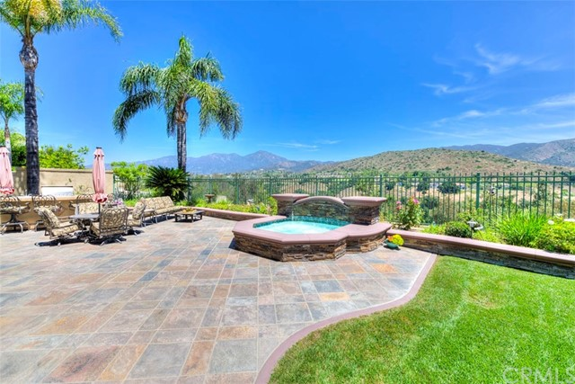 Photo of 22 Barneburg, Rancho Santa Margarita, CA 92679