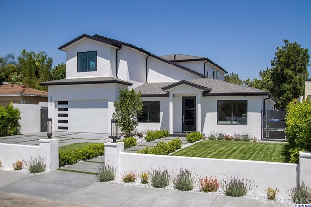 Single Family Home for Sale at 5008 Strohm Avenue Toluca Lake, California 91601 United States