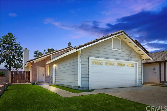 Detail Gallery Image 1 of 20 For 24109 Stonebridge Ct, Moreno Valley, CA 92551 - 2 Beds | 1 Baths