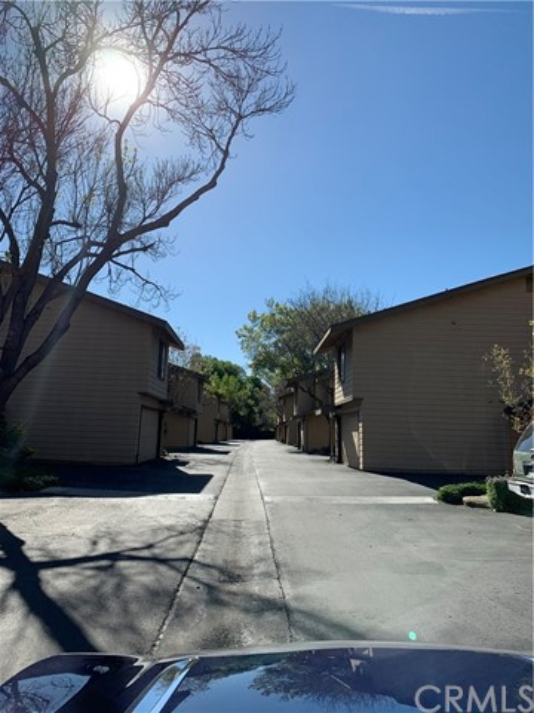 3350 M Street, Merced CA: http://media.crmls.org/medias/5bbf89e9-252b-4690-aaf1-ae8bf8d1d40b.jpg