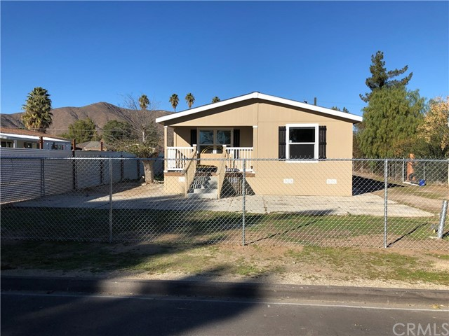 Photo of 33076 Taylor Street, Winchester, CA 92596