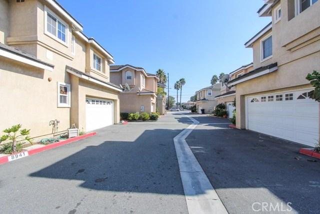 8941 Deira Ln, Anaheim, CA 92804 Photo 6