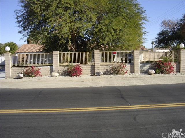 Single Family Home for Sale at 41900 Yucca Lane 41900 Yucca Lane Bermuda Dunes, California 92203 United States
