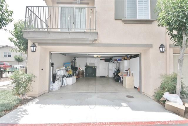 31887 Delfina Way, Winchester CA: http://media.crmls.org/medias/5be02acb-e85e-4a28-9805-0fbfa07054e5.jpg