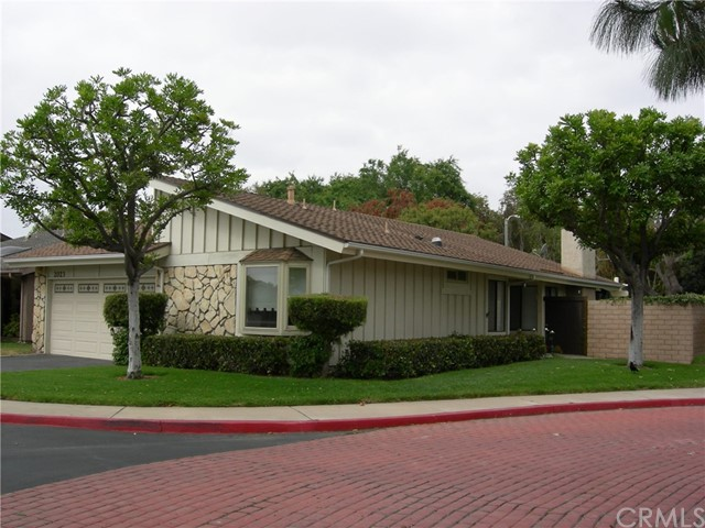 2023   Barclay Court , SANTA ANA