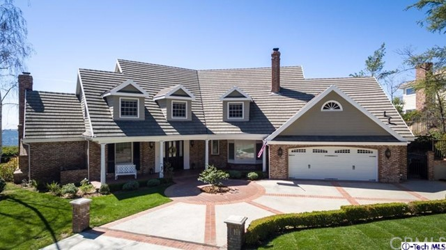 Single Family Home for Sale at 756 Greenridge Drive La Canada Flintridge, California 91011 United States