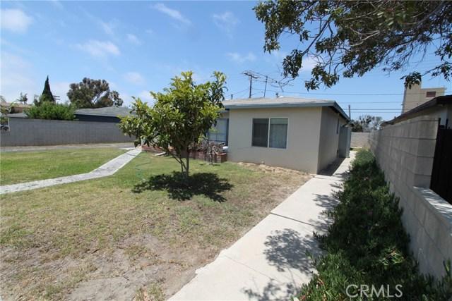 788 Joann Street, Costa Mesa CA: http://media.crmls.org/medias/5c01f3ac-f291-4b28-8337-ed9252ab4e82.jpg