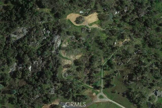 2374 Green Hills Road, Mariposa CA: http://media.crmls.org/medias/5c098ec6-9b64-4b4b-b1c0-84d35e943f4e.jpg
