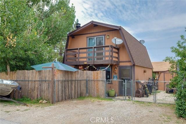 2187 4th Lane, Big Bear CA: http://media.crmls.org/medias/5c245251-c937-4505-bc80-923fe31ef90c.jpg