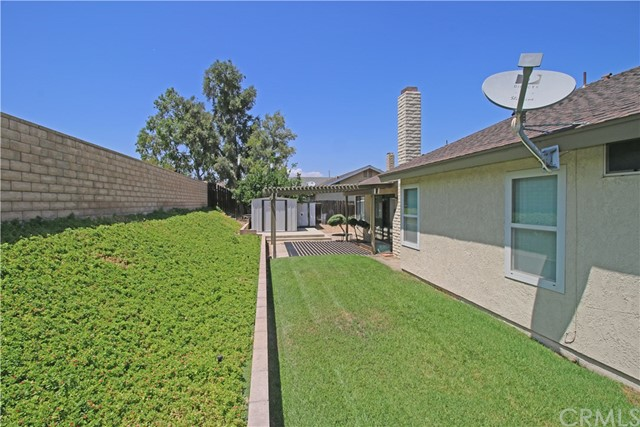 2235 SHERIDAN RD, San Bernardino CA: http://media.crmls.org/medias/5c3a1855-9f4e-4e55-a755-d9363e07a83a.jpg