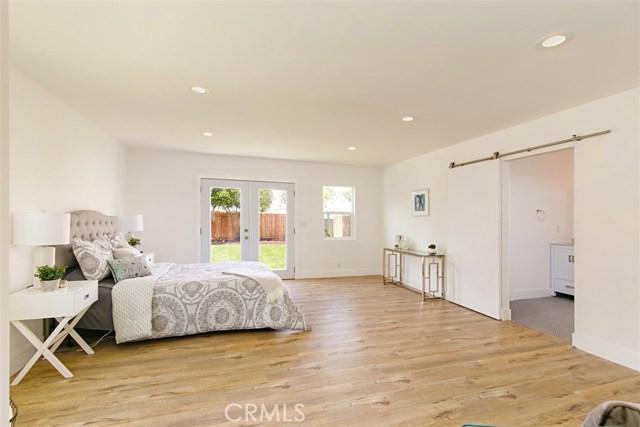 3965 S Victoria Avenue View Park, CA 90008 - MLS #: OC18133486