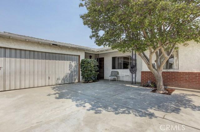 11333 Farndon Street, South El Monte CA: http://media.crmls.org/medias/5c4708fb-7db9-4409-8878-de59e8a00b12.jpg