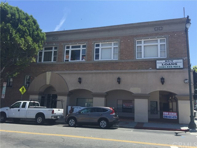 Retail for Sale at 481 W. 6th Street San Pedro, California 90731 United States