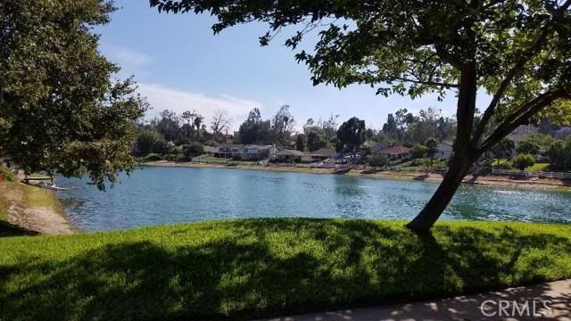 30416 Mira Loma Drive, Temecula CA: http://media.crmls.org/medias/5c64069d-0f3b-4c47-88a7-e700c7f8e0f2.jpg