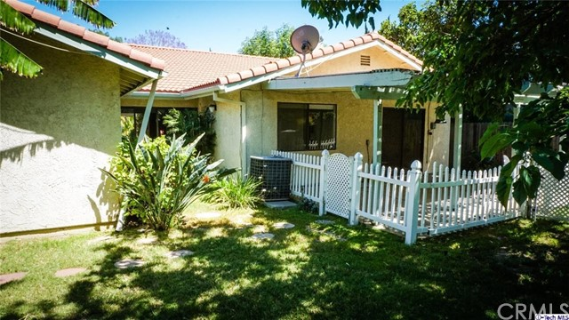 9521 Gladbeck Avenue Northridge, CA 91324 is listed for sale as MLS Listing 317003928
