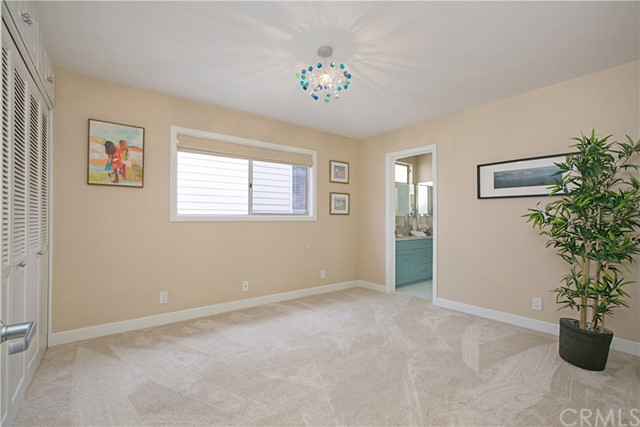 208 Via Lido Nord, Newport Beach CA: http://media.crmls.org/medias/5c812b6f-cc2d-4ae9-ba0d-e9bdec87821b.jpg