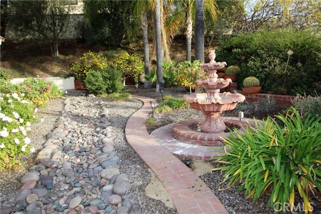 521 Fairway Drive, Redlands CA: http://media.crmls.org/medias/5c8a804d-087e-40d9-a34d-d4af38ec0060.jpg